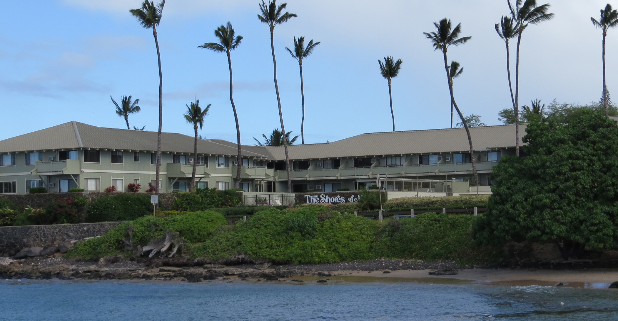 Slide 6 - Front of Shores of Maui from Cove Park